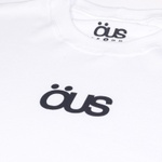 CAMISETA ÖUS LOGO CENTRAL BRANCO