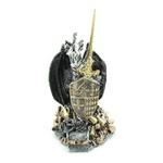 Dragão Medieval Preto com Espada