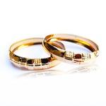 Par Aparador em Ouro de Aliança para noivado e casamento 2 peças