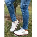 Tênis Feminino Plataforma Listrado Com Bordado Gratidão Branco Com Detalhes Vermelho e Preto