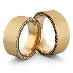 Aliança em Ouro 18k com Diamante e Diamante Black