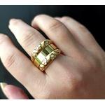 Aparador em Ouro 18k Trabalhado com Diamantes