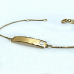 Pulseira Infantil em Ouro 18k Plaquinha Coração Vazado