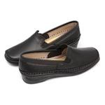 Sapato Feminino em Couro Preto Slip On Solado Anabela Linha Lady Comfort Kapell