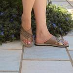 Sandália Arielle em couro Ourolight J.Gean Outlet