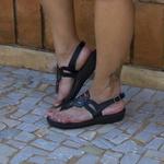 Sandália Jade Em Couro Preta J.Gean
