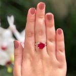 Anel Solitário Em Prata 950 Com Pedra Zircônia Cor Vermelha Rubi