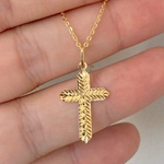 Pingente de Ouro 18K Cruz com Trabalho Diamantado