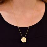 Colar com Letra M em Ouro 18K com Pedras de Brilhante