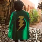 Capa heroi raio verde e preto