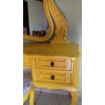 Penteadeira Amarela Provençal Madeira Maciça Com Banqueta Almofadada