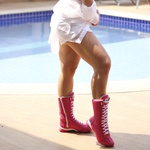 Bota Feminina de Treino Cano Alto Mr Gutt Rosa com Branco