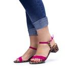 Sandália Casual Salto Bloco Fivela duas Tiras Confortável - Rosa/Onça