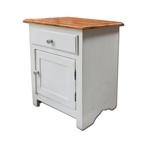 Mesa de cabeceira branca com tampo em madeira