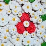 Quadro Vazado de Ânfora de Flores Brancas - Grande