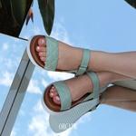 Sandália Papete Tira Reta Estampa Quadriculada Mint Ash Em Couro
