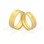 Alianças com 40 Diamantes de Ouro 18k