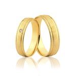 Par de Aliança Tradicional Diamantada com Diamante em Ouro 18k