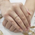 Anel Meia Aliança com Pedras em Ouro 18k