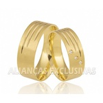 Alianças Grossas de Ouro com Diamantes