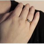 Aliança Clássica Semijoia Banho de Ouro 18K Anatômica Quadrada com Friso 5 mm e Ponto de Zircônia