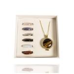 Pingente Cápsula Arvore da Vida Semijoia Banho de Ouro 18K Pedras Naturais