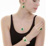 Anel Gota Semijoia Banho de Ouro 18k Cristal Verde Esmeralda