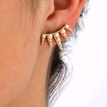 Brinco Ear Cuff Coroa Semijoia Banho de Ouro 18K Pérolas