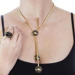 Colar Gravata Semijoia Banho de Ouro 18K com Detalhes em Couro