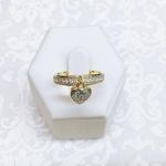 Anel Pingente de Coração Semijoia Banho de Ouro 18K Cravejado com Zircônias Brancas Detalhes em Ródio