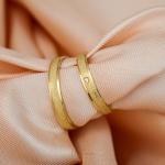 Aliança de Ouro 18k 3mm 3 gramas Diamantada Modelo Fiora