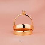 Combo Alianças Ouro 18k 4mm 4 gramas Modelo Lucy + Solitário Ciel