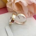 Par Aliança de Casamento 4mm Reta Ouro e Prata Modelo Mister