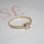 Anel Solitário/Noivado Ouro 18K Modelo Mi Amour