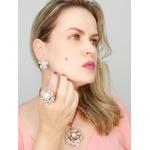 MAXI ANEL FLOR DE PÉROLAS NO OURO VINTAGE