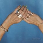 Anel Sinete Deusa Dourado | Coleção Guta Virtuoso