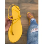 Rasteira Básica Verniz Amarelo