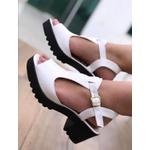 Sandalia Branca com Solado Tratorado