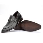 Sapato Loafer Masculino com Fivela em Couro Preto