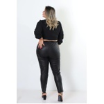 Cropped Michelle black