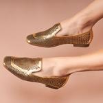 Sapato Com Laser Metalizado Cristal Ouro