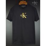 Camiseta CK Preta detalhe dourado