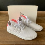 TENIS AD PHARREL WILLIAMS BRANCO/ROSA