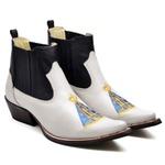 Botina Bota Country Bico Fino Top Franca Shoes Verniz Branco / Preto