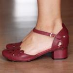 Sapato Boneca Salto Grosso Couro Vinho