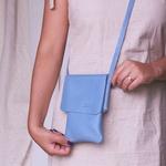 Bolsa Porta Celular Essência Azul Hortência