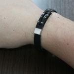Pulseira design italiano de Aço com Silicone e detalhe Black