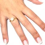 Anel solitário em ouro 18k com diamantes sintéticos