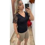 BLUSA T-SHIRT FEMININA PRETA COM RENDA