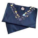 Pijama Cirúrgico Feminino - Peça única promocional - Azul Marinho com detalhes Pequeno Príncipe
